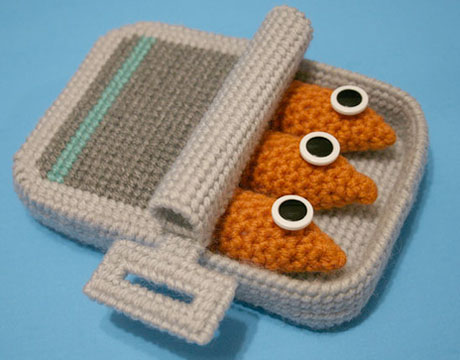 Knit-sardines-nicole-lg
