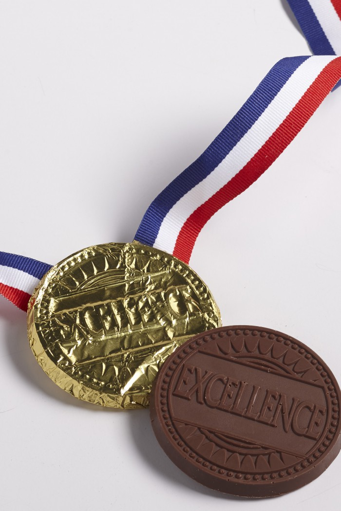 Excellence-Gold-medal-Mold-700x1050.jpg